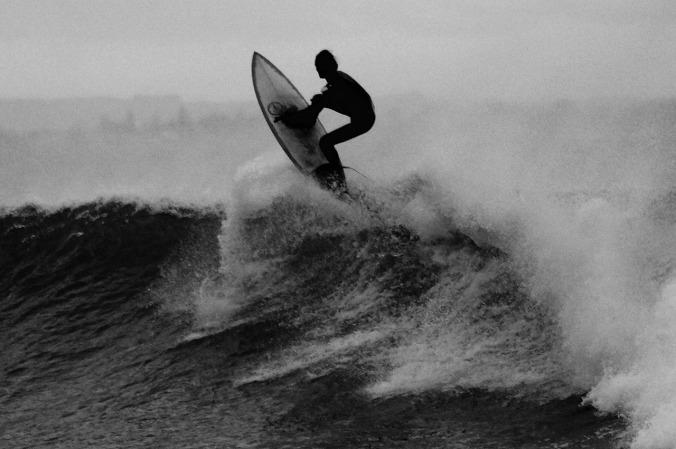 surfer-919076_1280